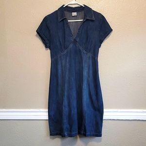 MOTHERHOOD MATERNITY denim dress. Size: M